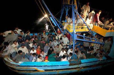 Immigrazione: emergenza Lampedusa, ieri oltre mille migranti