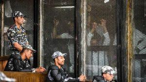 Al Sisi condanna a morte 75 persone